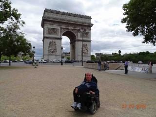 """Accessible Paris with """"Rullaman"""" Zibi"""