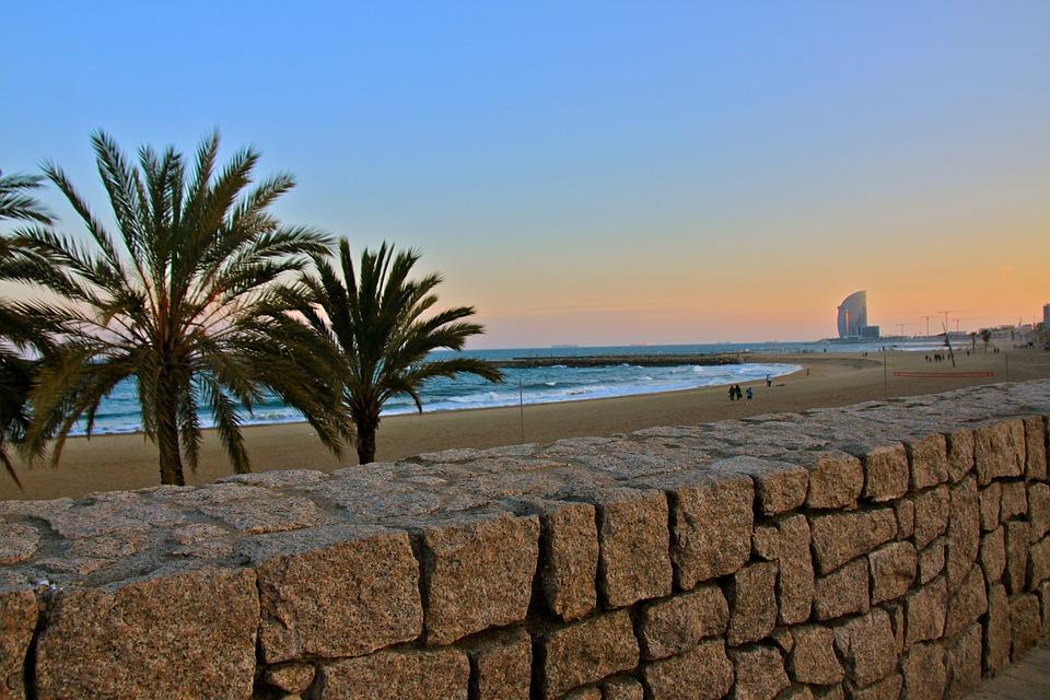 Una guía accesible para Barcelona, España: Qué ver y cómo moverse image 6