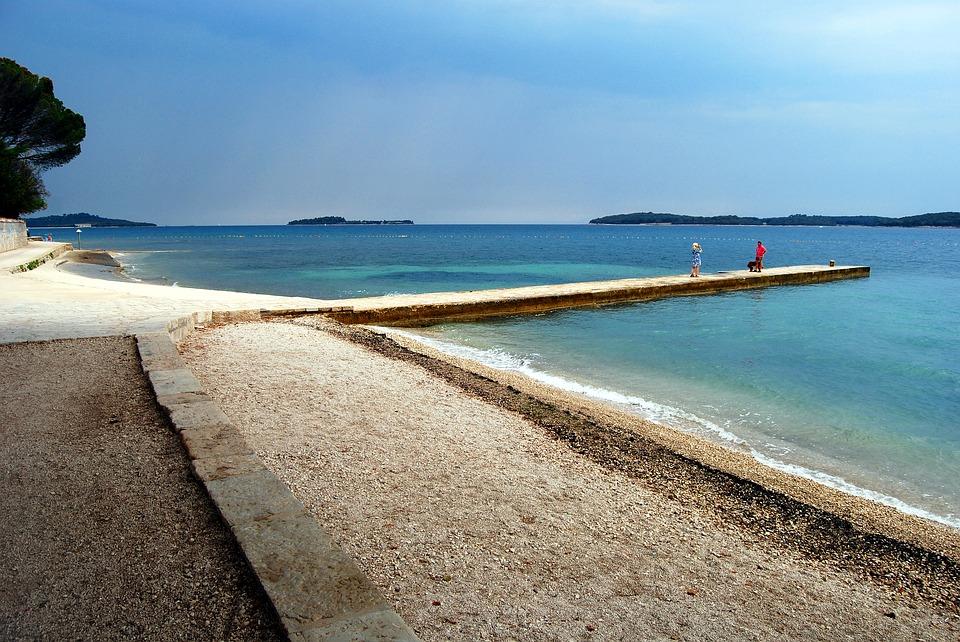 Beach, Pula