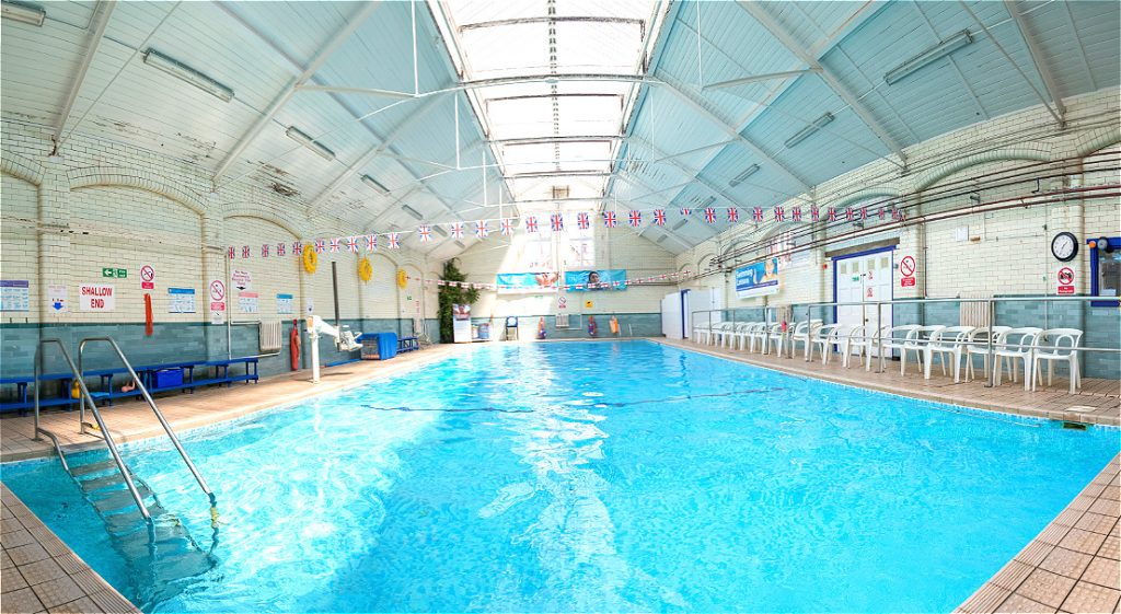 Motcombe Swimming Pool