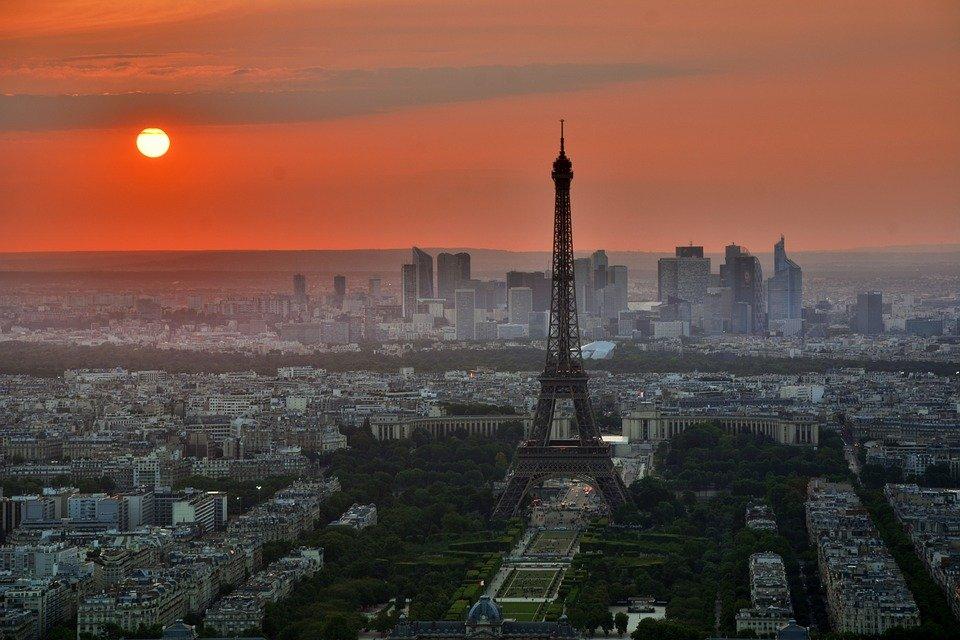paris-843229-960-720