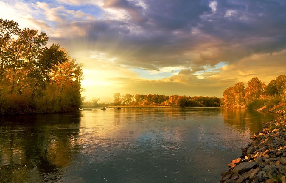 river-219972-960-720